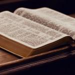 A propos des livres sacrés